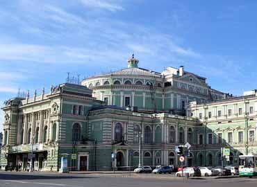 1554620630-teatralnaya-square-2_370x270_e49-копия